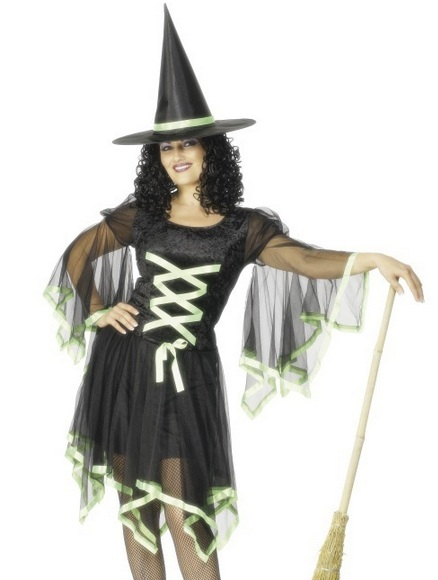 S28599 Winsome Witch
